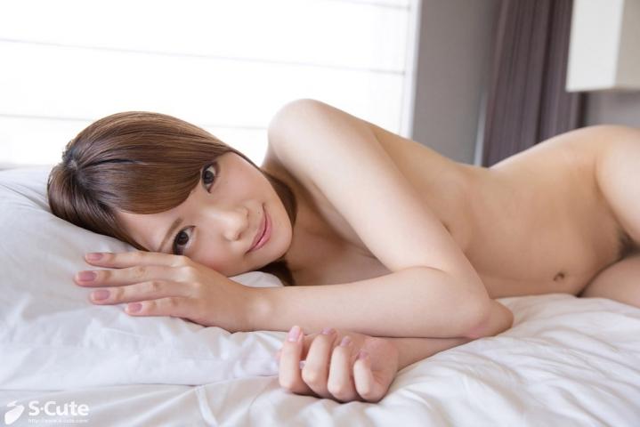 S-Cute 502-Aika #1 雪のように白い肌の美女と恥じらいエッチ